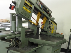 CNC horizontal band saw